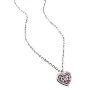 Collana donna D&G DJ1045 realizzata in acciaio, pendente a forma cuore e pietre rosse, personalizzato D&G.La chiusura a moschettone personalizzata D&G.