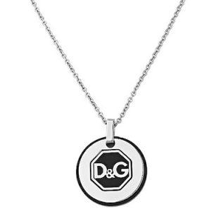 Collana dauomo D&G DJ1083 ,in acciaio con doppia piastrina con Logo D&G, catena in acciaio inossidabile, chiusura a moschettone personalizzata D&G.