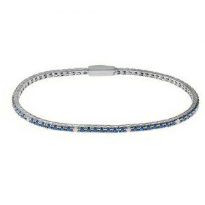 Bracciale Tennis gioielli Bliss 20080643 della collezione Mywords. Bracciale tennis in argento della lunghezza di 17,50 Cm, con zirconi della dimensione di 1,75 Mm di colore blu con 10 spot bianchi. Questo bracciale può essere indossato da solo, oppure come base per i charms passanti della collezione Mywords.